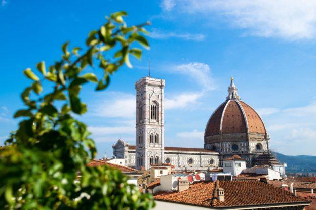 写真 撮影 (ドゥオモ)サンタマリア・デル・フィオーレ大聖堂 イタリアで結婚式を挙げる  フィレンツェ